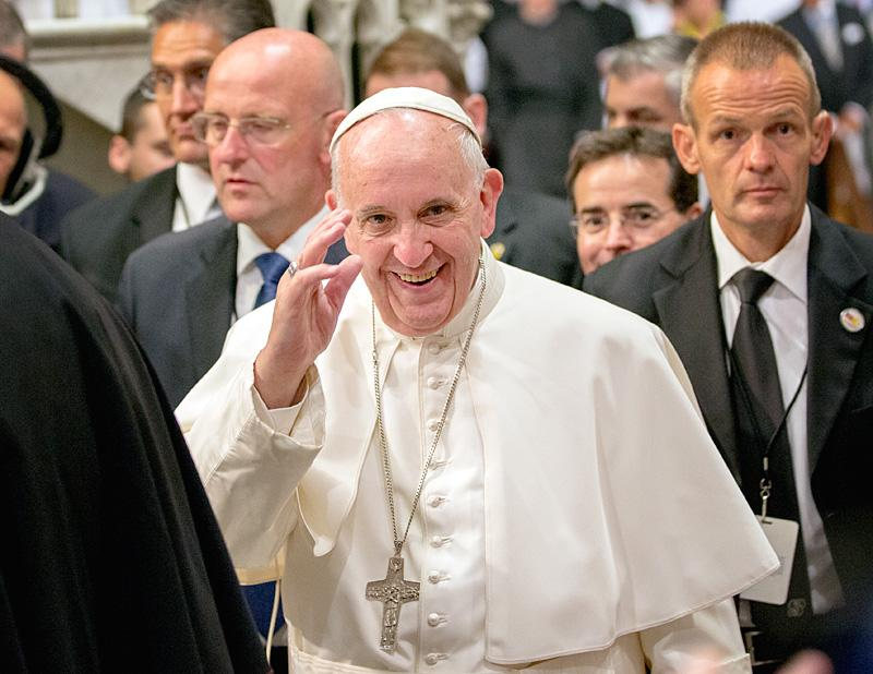 Pope Francis waves to those in attendance for an evening prayer service at St. Patrick's Cathedral Sept. 24.