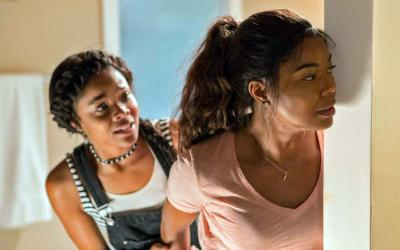 "Ajiona Alexus and Gabrielle Union star in a scene from the movie ""Breaking In.""  (CNS photo by Universal Pictures)"