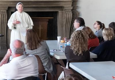 Dominican Sister Elizabeth Anne, director of the Center for Catholic Education, speaks to Catholic educators during an Oct. 20 conference in Auburn. (Courier photo by John Haeger)